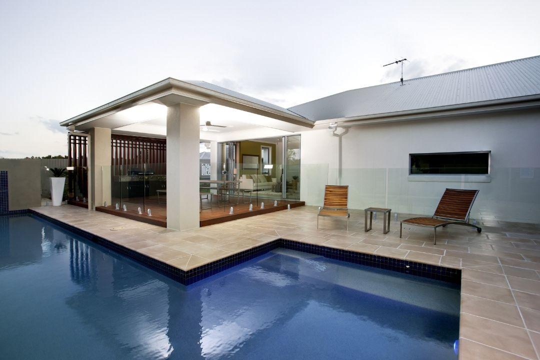 Hamilton best tiling services